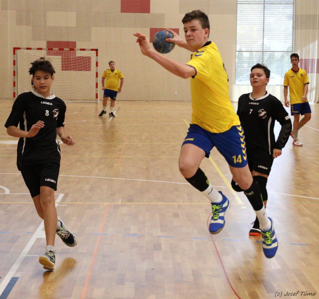 Sportovci v izolaci, návrat do dubna 2020 – Matěj Karban hraje házenou za zručskou Jiskru a Sokol Nové Veselí