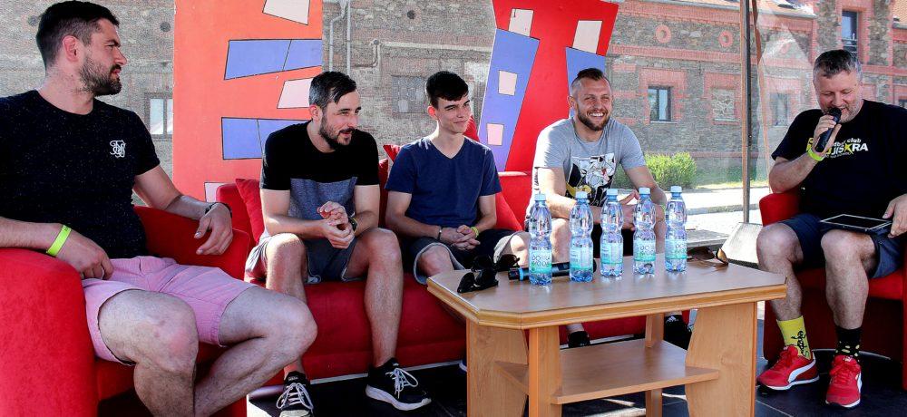 Barevné město, 4. ročník, Talk Show čtyř házenkářů, Zruč nad Sázavou